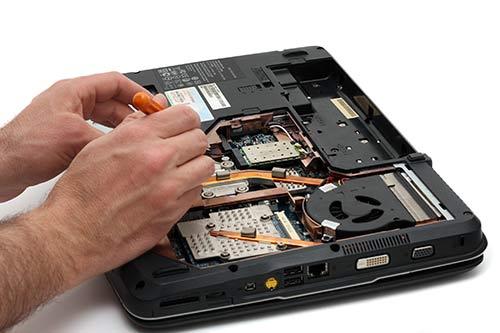 reparasjon av laptop